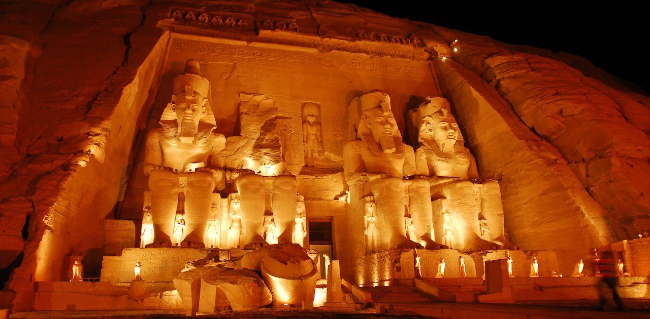 Abu Simbel, Egipt, croazieră pe nil toamna
