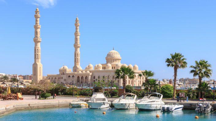 Mosque El Mina Masjid Hurghada Egipt, croazieră pe nil toamna Revelion Egipt 2020
