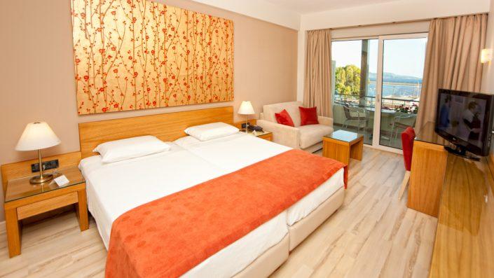 Pharae Standard Bedroom