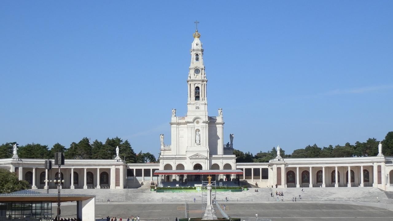 Sanctuarul Sfintei Fecioare de la Fatima