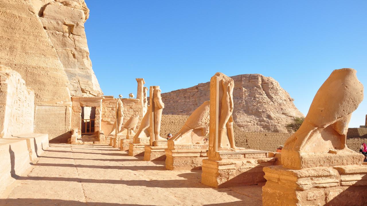 Abu Simbel, Croazieră pe Nil Paște