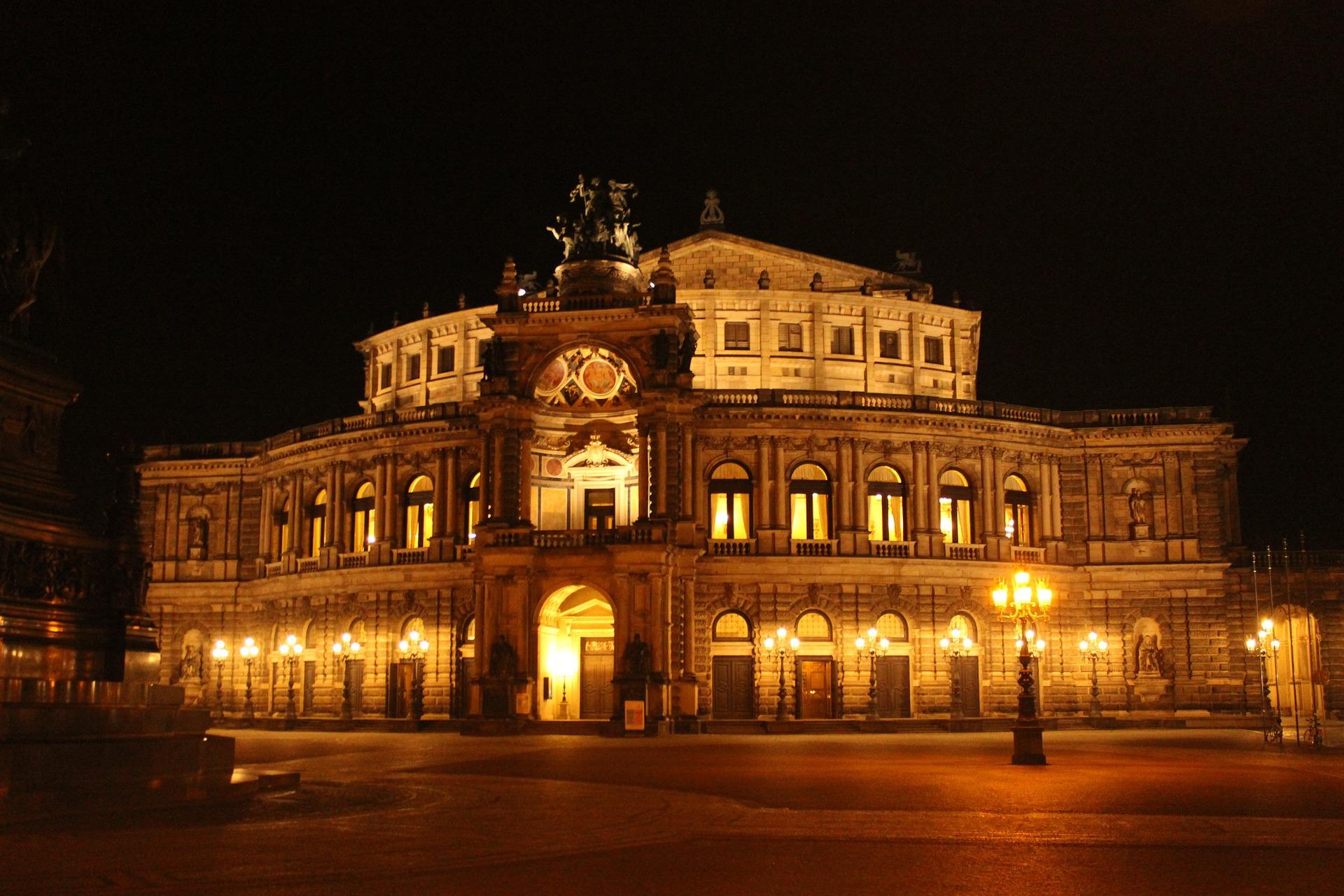 semper opera house 468652 1920 1