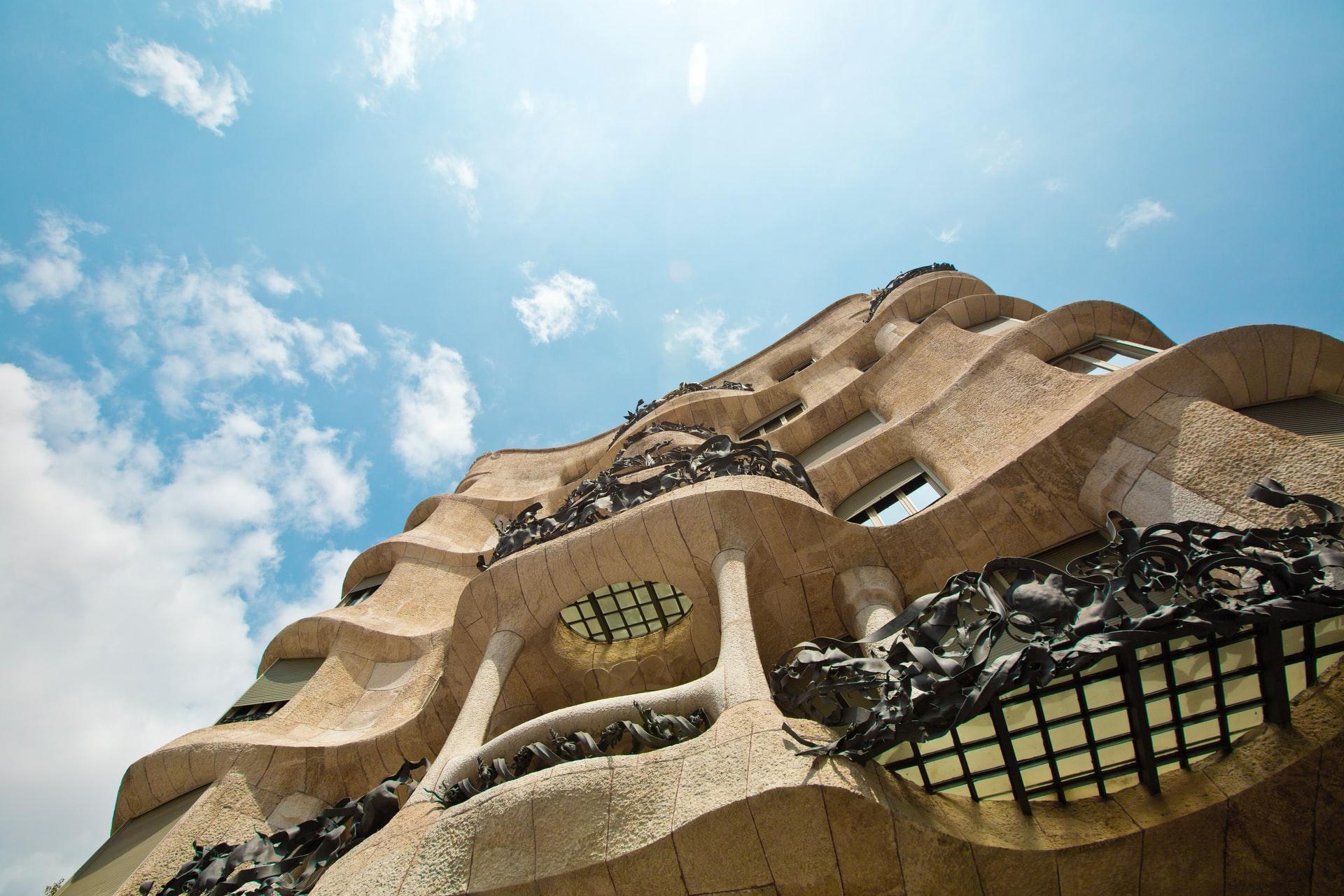 Arhitectura lui Gaudi in Spania