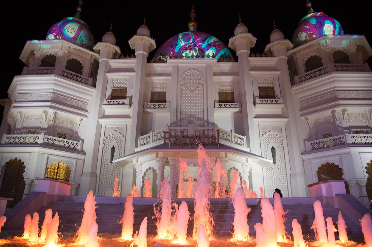 BOLLYWOOD PARKS Dubai Raj Mahal Theatre
